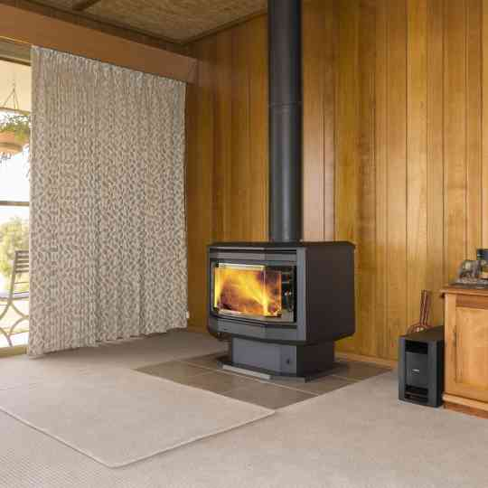 Eureka Solitaire Freestanding Wood Heater